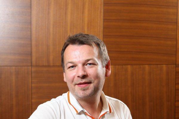 Náborový manažér Branislav Holík z personálnej agentúry McRoy.