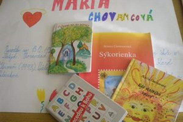 Ukážky z tvorby Márie Chovancovej v projektoch žiakov z Palárikova.