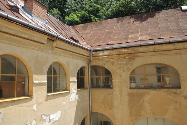 Budova múzea je v zlom stave, podľa riaditeľa je situácia dlhodobo neúnosná.