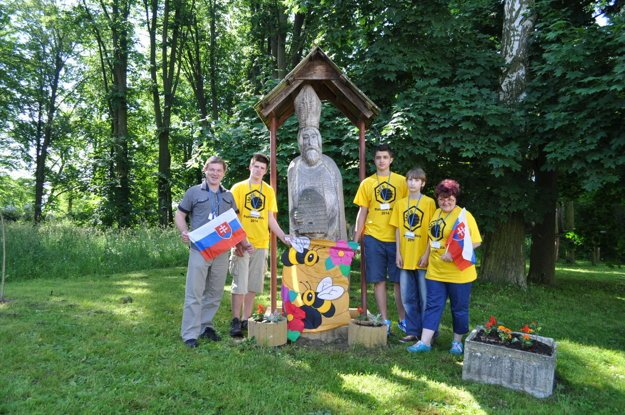 Z včelárskej súťaže v Poľsku (Martin Slovák vľavo)