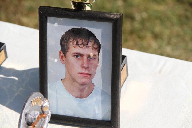 Turnaj je spomienkou na Ľuboša Lipčeya, bývalého hráča Ligy malého futbalu v Nitre.