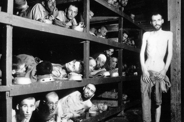 Snímka z oslobodenia Buchnwaldu.