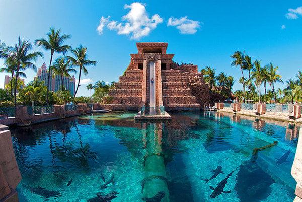 Výnimočné akvaparky ponúkajú množstvo atrakcií.