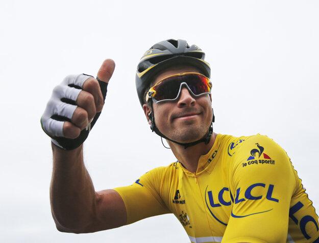 Peter Sagan nastúpil na Tour de France prvýkrát v kariére v žltom drese vedúceho pretekára.