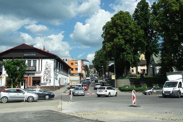 Štefánikova ulica. Počas výstavby kruhovej križovatky bude uzavretá.