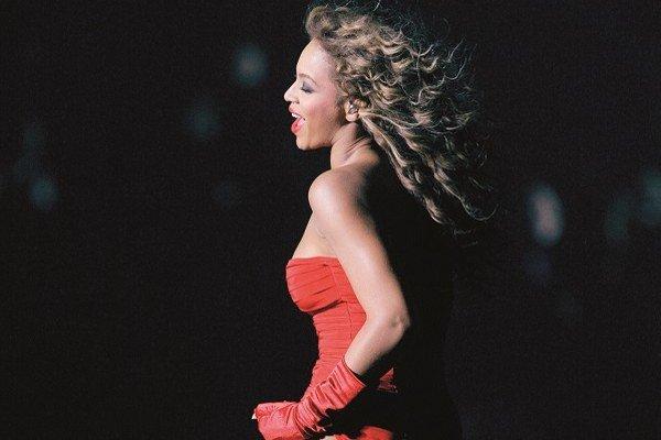 Aj Beyonce predviedla Flirt dance na odovzdávaní MTV European Music Awards.