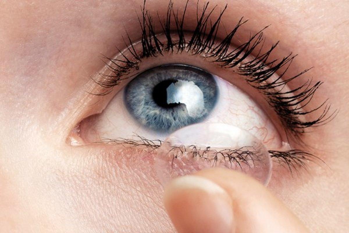 Začíname s kontaktnými šošovkami - zena.sme.sk 32e59d3542a