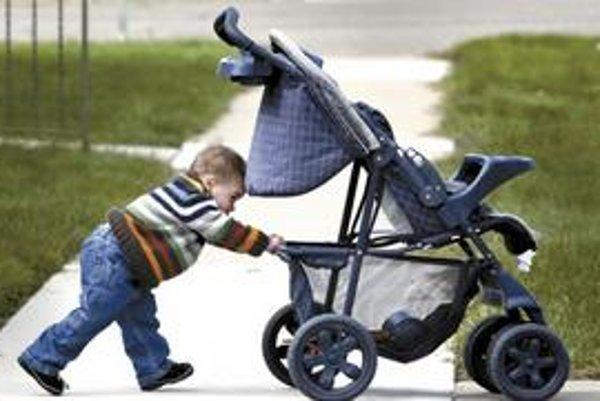 Dieťa do dvoch rokov môže rodičovi priniesť 256 eur mesačne.