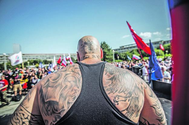 Jaroslav Pagáč na proteste proti islamizácii.