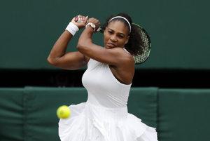 Serena od začiatku si ide po obhajobu titulu vo Wimbledone.