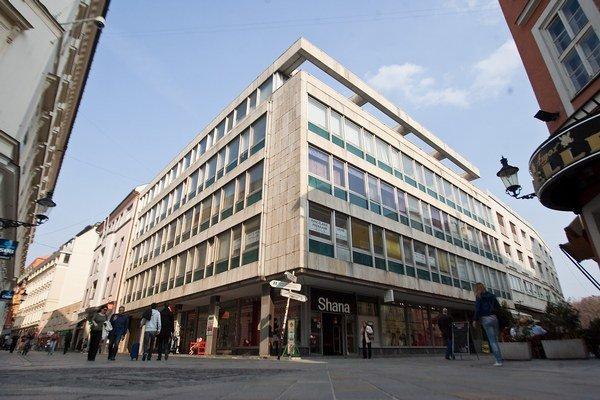 Budova na Laurínskej ulici v Bratislave, kde sídli Spolok slovenských spisovateľov.