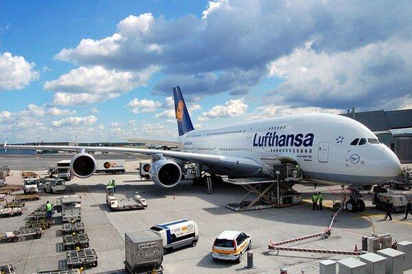 Airbus A380-841 na letisku vo Frankfurte.