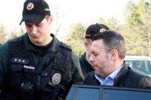 Vladimíra Jánoša budú stíhať na slobode.