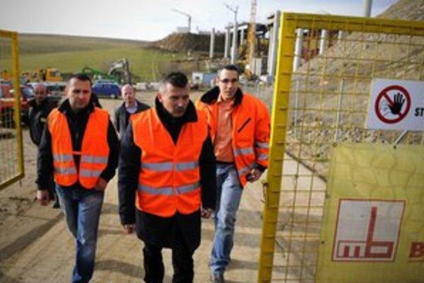 Podriadení ministra dopravy Jána Počiatka sa poistili proti vlastným chybám.