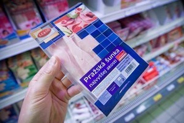 Pražská šunka sa u nás vyrába inak ako v Česku.