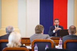 Najväčší priestor dostali bývalý šéf Markízy Mika a riaditeľ agentúry TASR Jaroslav Rezník.