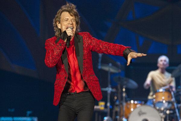 Mick Jagger na koncerte v Indianopolise.