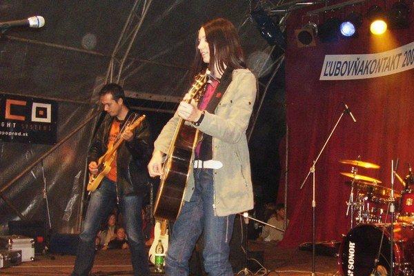 Jarmok. Súčasťou sú aj koncertné vystúpenia.