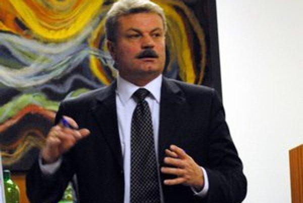 Michal Biganič. Od februára dostane o 818 eur viac. Primátori i starostovia môžu ďalšie zvýšenie očakávať už od marca.