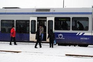 Vlaky na trati Stará Lubovňa – Plaveč od nedele nepremávajú.