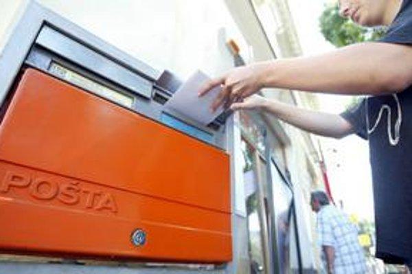 To, či pošta ponúkala takzvané predátorské ceny, ukážu výsledky kontroly regulačného úradu.
