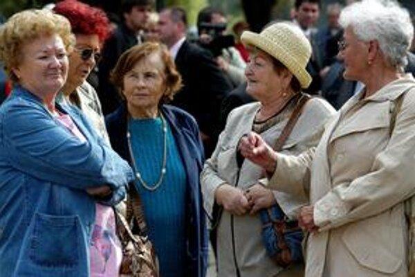 V Česku už Ústavný súd potvrdil, že treba zmeniť výpočet dôchodkov. Náš by sa možno zachoval podobne.