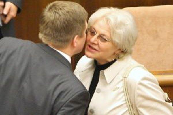 Premiér Fico a ministerka Tomanová od začiatku vládnutia prijímajú opatrenia obmedzujúce podnikanie DSS.
