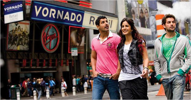 Film New York. Indickým študentom v ňom do života zasiahne teroristický útok z 11. septembra.