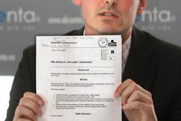 Šéf Akcenty Jiří Mach tvrdí, že spúšťačom konania bánk proti nej je česká ČSOB. Usvedčiť ju mal materiál určený pre  predstavenstvo ČSOB ČR, ktorý firma získala od českej polície.