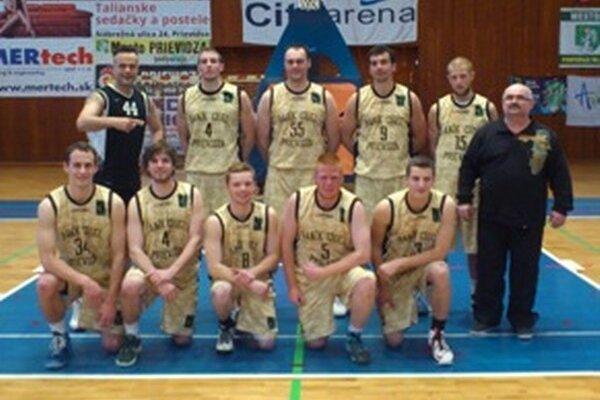 Baník Cigeľ Prievidza ukončil premiérovú sezónu na siedmom mieste.