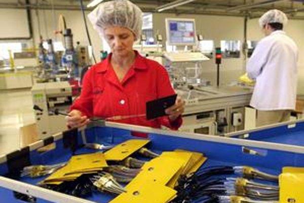 Mzdy v priemyselnom parku Kechnec v priebehu rokov stúpali. Američania z Molexu sa rozhodli, že výrobu presunú inam.
