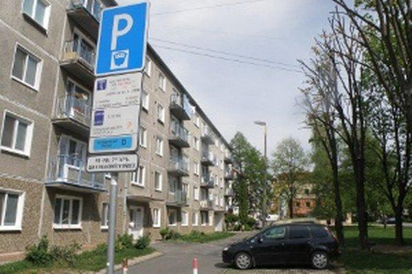 V centre Prievidze je parkovanie spoplatnené už takmer dva roky.