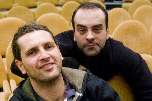 René Štúr(vľavo) a Sveťo Malachovský sa predstavia v Prievidzi.