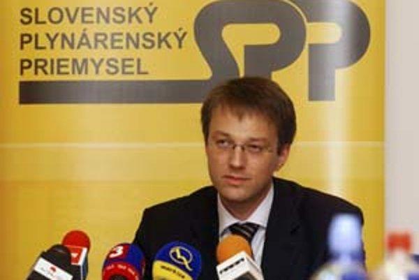 Predseda predstavenstva SPP Jan Massmann (na snímke) včera povedal, že ceny plynu by sa v tomto roku meniť nemali. Výnimkou je špeciálna tarifa Plus senior.