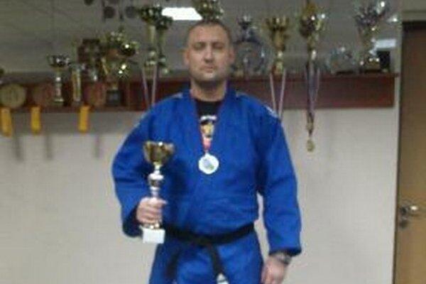 Ján Uhlár, víťaz hmotnosti nad 100 kg.
