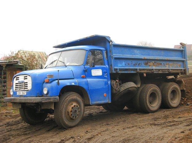 Tatra 148, skutočná predloha slávnych hračiek.