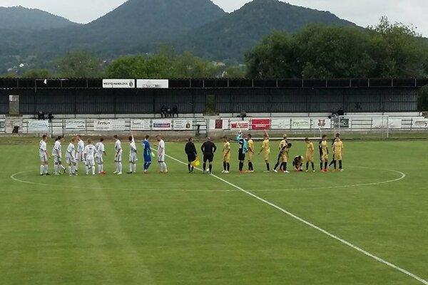 Momentka zo zápasu v Handlovej.
