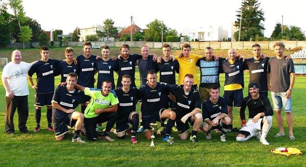 Futbalisti V. Zálužia vyhrali domáci turnaj o Pohár starostu.