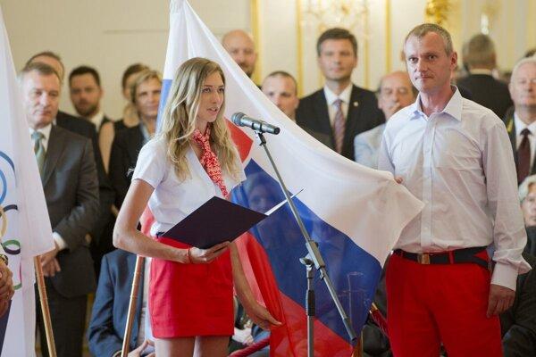 Česť pre Pavla Koppa, spolu s Alexandrou Longovou v mene celej olympijskej výpravy zložil olympijský sľub do rúk prezidenta SR Andreja Kisku.