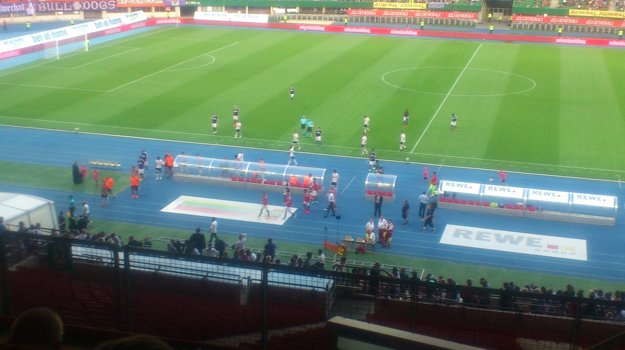 V prvom polčase diváci gól nevideli.