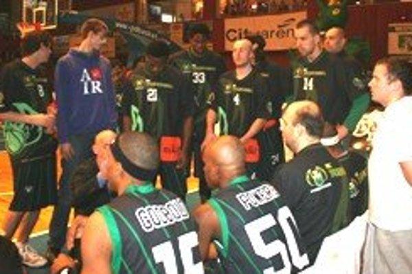 Funkcionári BC Prievidza plánujú do tímu pritiahnuť nové posily.