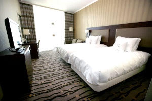 Štvorhviezdičkové hotely boli vlani v kraji najdrahšie.