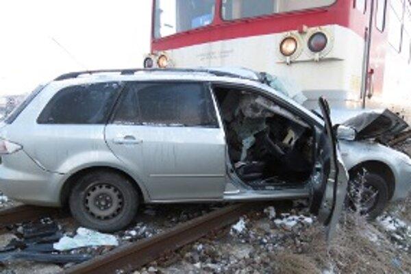 Zrážku z vlakom nemal Hornonitran šancu prežiť.