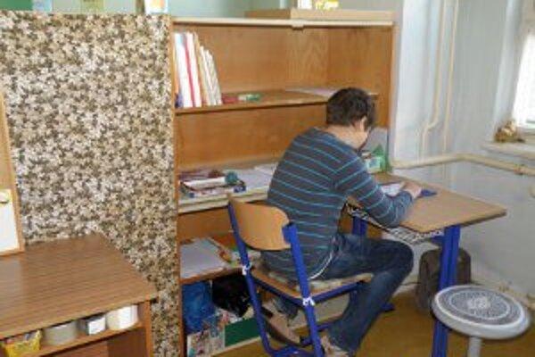 Presťahovanie do náhradných priestorov zvládli autistické deti dobre.