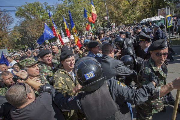 Moldavsko postihla vlna protestov.