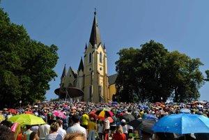Púť v Levoči každoročne pritiahne tisícky pútnikov.