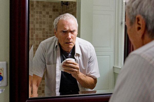 Clint Eastwood vo filme Gran Torino.