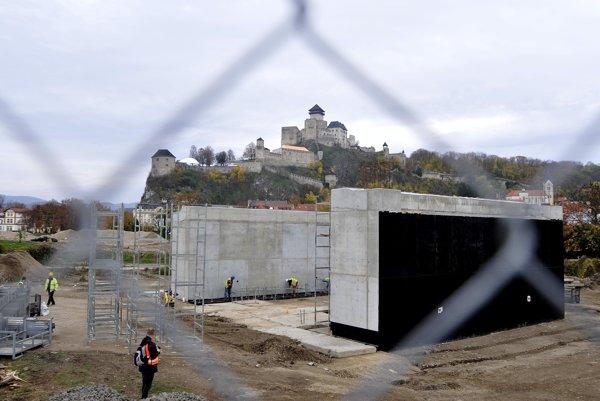 Úsek modernizácie železničnej trate pri Trenčíne platí ŽSR z vlastného vrecka.