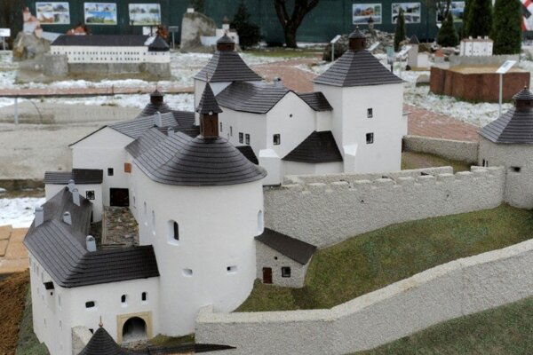 Park miniatúr v Podolí sa rozrastá.