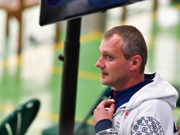 Pavol Kopp si zastrieľa vo finále.